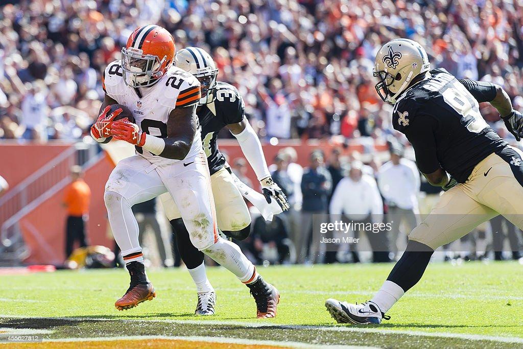 New Orleans Saints v Cleveland Browns : News Photo