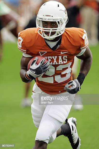 Running back Tre' Newton of the Texas Longhorns warmsup prior to their game against the Louisiana Monroe Warhawks on September 5 2009 at Darrell K...