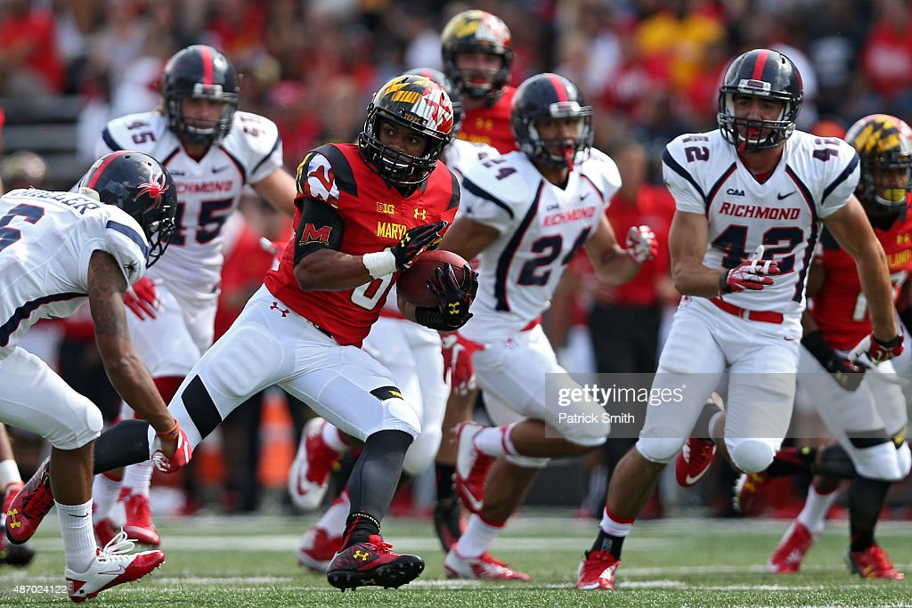 Running back Ty Johnson #6 of the Maryland Terrapins rushes against the Richmond Spiders in the fourth quarter at Byrd Stadium on September 5, 2015 in College Park, Maryland. The Maryland Terrapins won, 50-21.