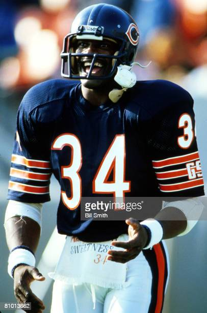 Running back Walter Payton of the Chicago Bears is having a good time on the sideline in a 27 to 9 win over the Minnesota Vikings on October 27, 1985.