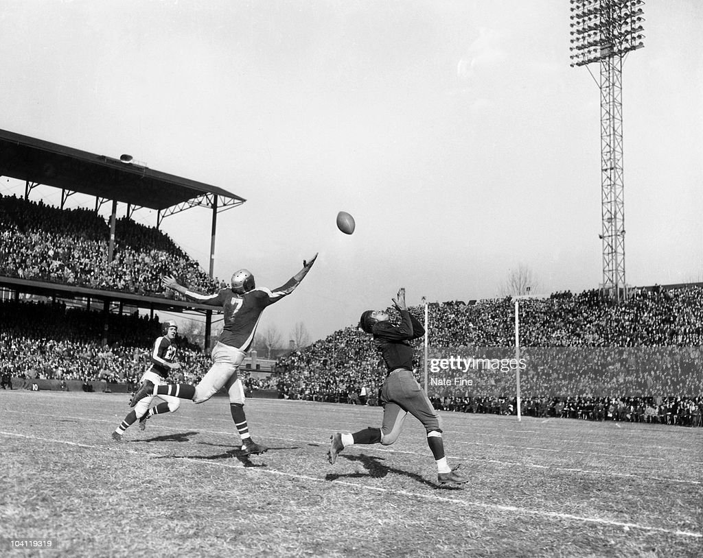 Washington Redskins - File Photos - 1940s : News Photo