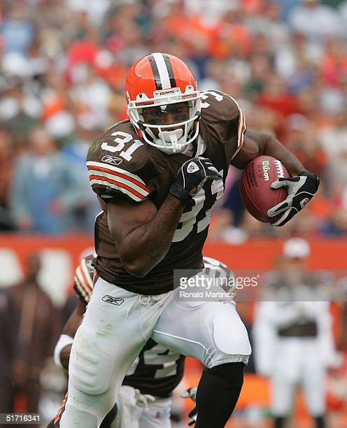 Running back William Green of the Cleveland Browns carries the ball during the game with the Philadelphia Eagles on October 24 2004 at Cleveland...