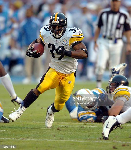 Running back Willie Parker of the Pittsburgh Steelers runs upfield in a 23 to 13 loss to the San Diego Chargers on October 8 2006 at Qualcomm Stadium...