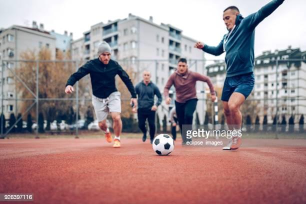 Laufen für einen ball