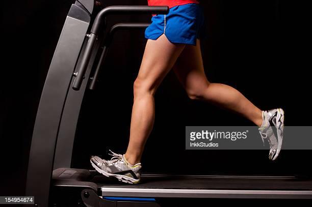 Corriendo en una máquina trotadora