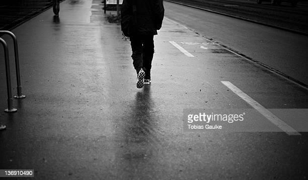 running reflection - tobias gaulke stock-fotos und bilder