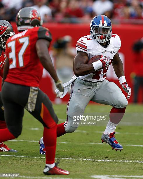 Runningback Andre Williams of the New York Giants on a running play during the game against the Tampa Bay Buccaneers at Raymond James Stadium on...