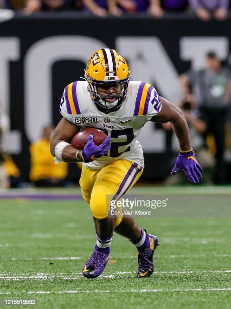 Runningback Clyde EdwardsHelarie of the LSU Tigers on a running play during the College Football Playoff National Championship game against the...