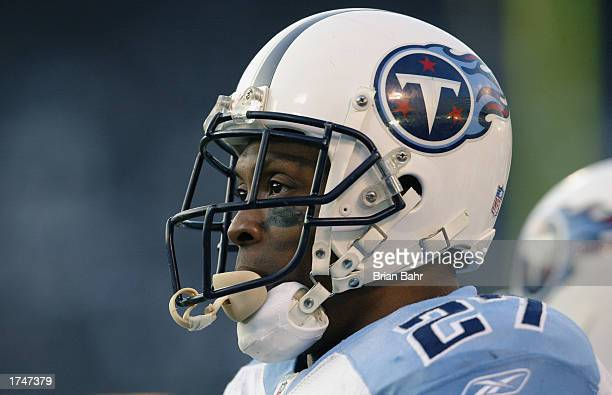 Runningback Eddie George of the Tennessee Titans prior to the AFC Championship game against the Oakland Raiders at Network Associates Coliseum on...