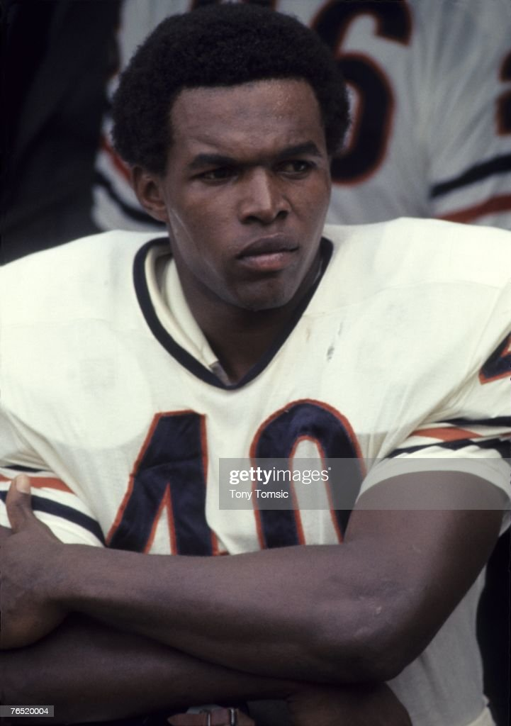 Runningback Gale Sayers #40 of the Chicago Bears awaits the start of a game in September, 1969.