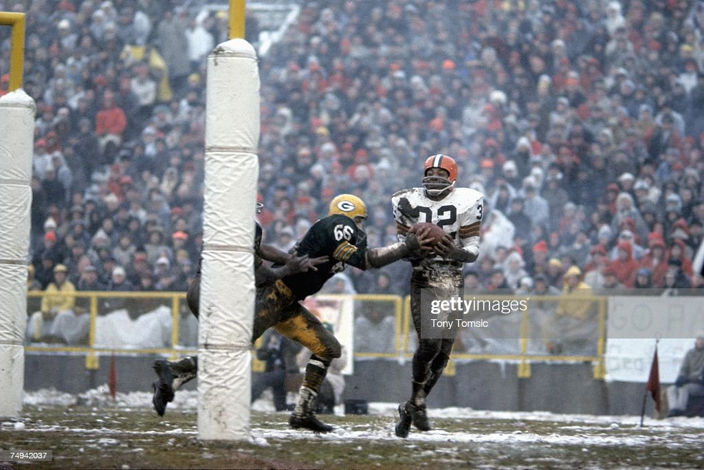 NFL Championship Game :Cleveland Browns v Green Bay Packers : News Photo