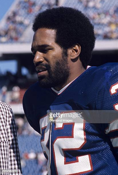 Runningback OJ Simpson of the Buffalo Bills is interviewd prior to a game October 5 1975 against the Denver Broncos at Rich Stadium in Orchard Park...