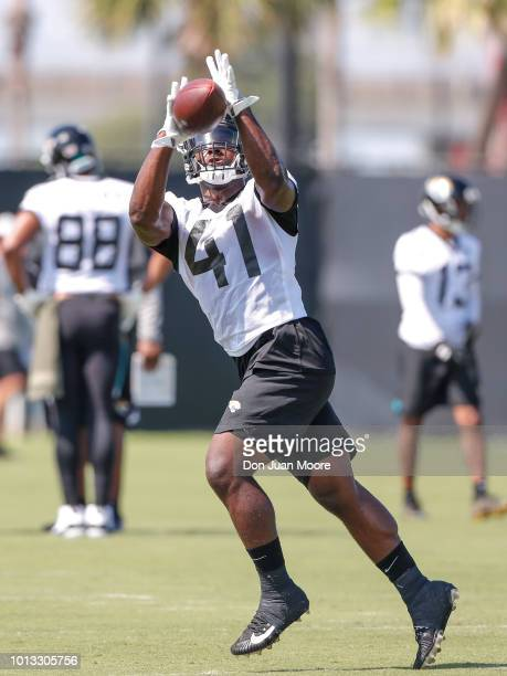 Runningback Tim Cooks of the Jacksonville Jaguars works out during Training Camp at Dream Finders Homes Practice Complex on July 27 2018 in...
