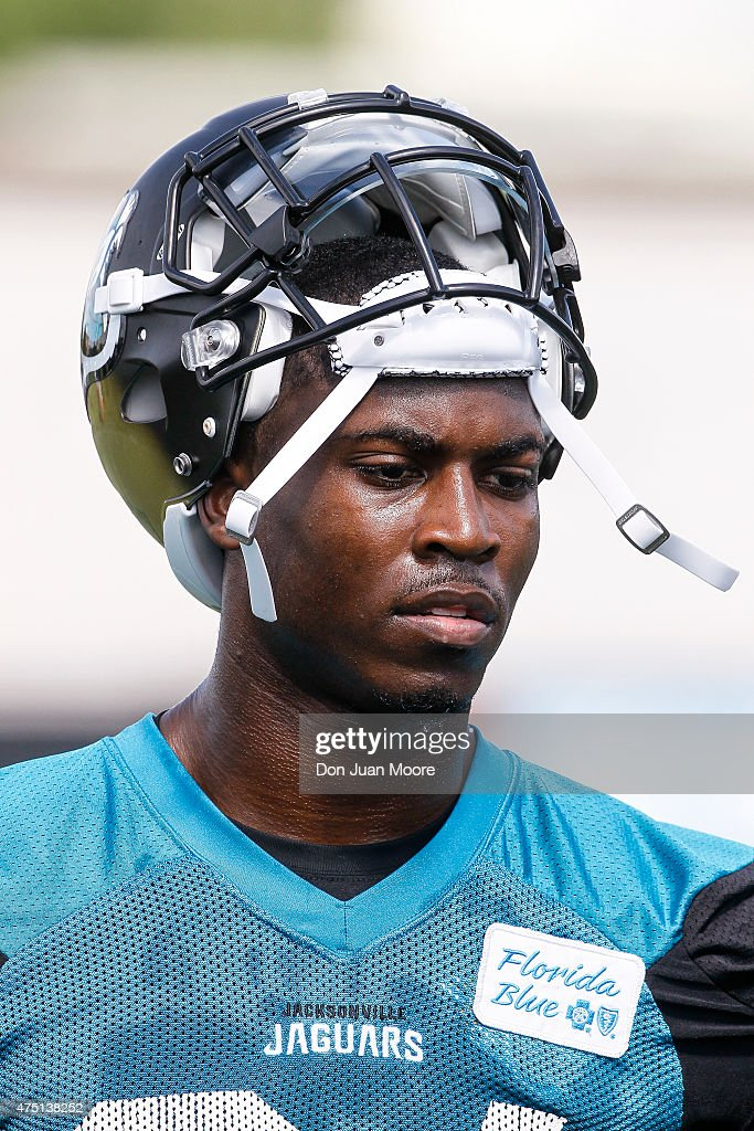 Runningback T.J. Yeldon #24 of the Jacksonville Jaguars works out during OTA's at Everbank Field Stadium at the Florida Blue Health and Wellness Practice Fields on May 27, 2015 in Jacksonville, Florida.