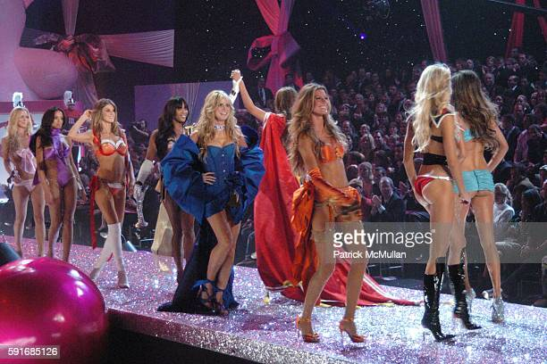 Runway Finale at 10th VICTORIA'S SECRET FASHION SHOW Runway at Lexington Avenue Armory on November 9 2005 in New York City