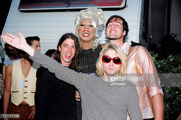 RuPaul with Dave Grohl, Kurt Cobain and Krist Novoselic of Nirvana