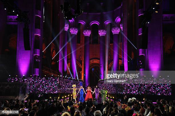 RuPaul's Drag Race AllStars Alyssa Edwards Alaska Thunderfvck Ginger Minj Tatiana and Phi Phi O'Hara perform at the 2016 Logo's Trailblazer Honors at...