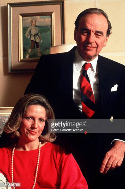 Rupert Murdoch with his wife Anna Murdoch at their home in 1989 in New York City