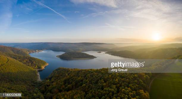 rur reservoir at sunset (autumn) - stausee stock-fotos und bilder