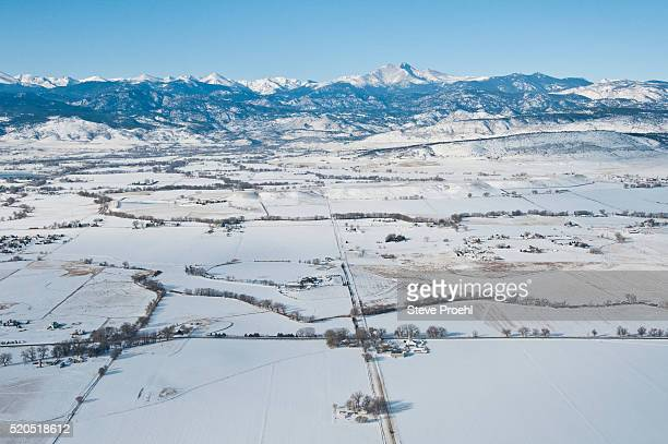 rural homes in longmont, colorado - front range mountain range stock pictures, royalty-free photos & images