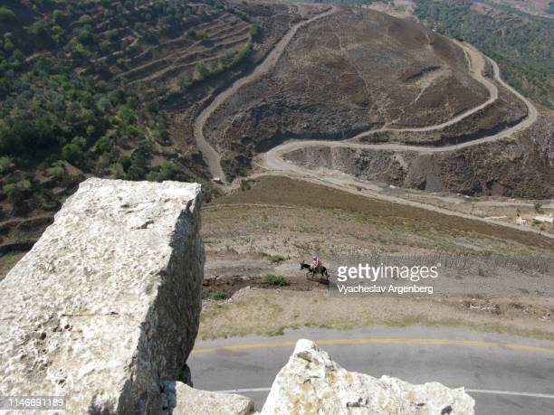 rural scenery in syria, arabic style - argenberg bildbanksfoton och bilder