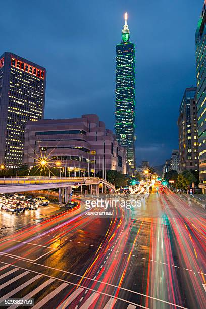 rush hour in taipei - taipei stock pictures, royalty-free photos & images
