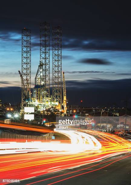 Rush Hour Oil Rig