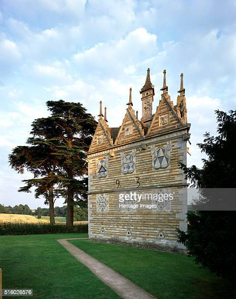 Rushton Triangular Lodge, Northamptonshire. View from the north-west with Rushton Hall in the distance. Rushton Triangular Lodge was built in 1597 by...