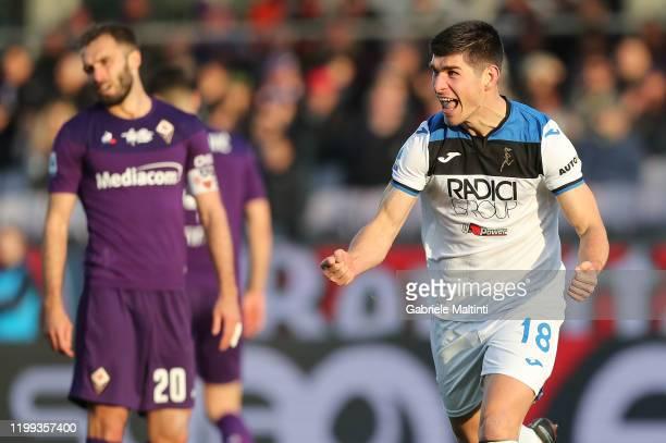 Ruslan Malinovski of Atalanta BC celebrates after scoring a goal during the Serie A match between ACF Fiorentina and Atalanta BC at Stadio Artemio...