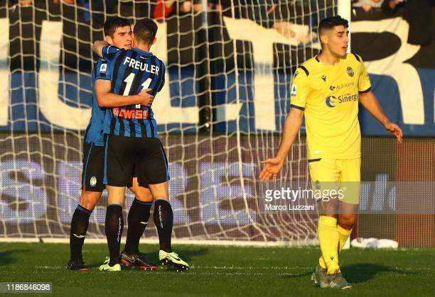 Ruslan Malinovskyi of Atalanta BC celebrates his goal with his teammate Remo Freuler during the Serie A match between Atalanta BC and Hellas Verona...