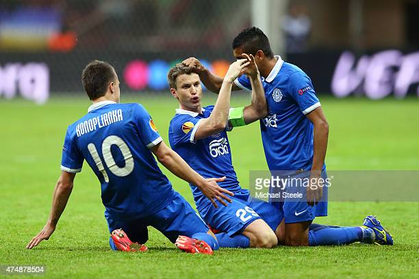 Ruslan Rotan of Dnipro celebrates scoring his team's second goal with team mates during the UEFA Europa League Final match between FC Dnipro...