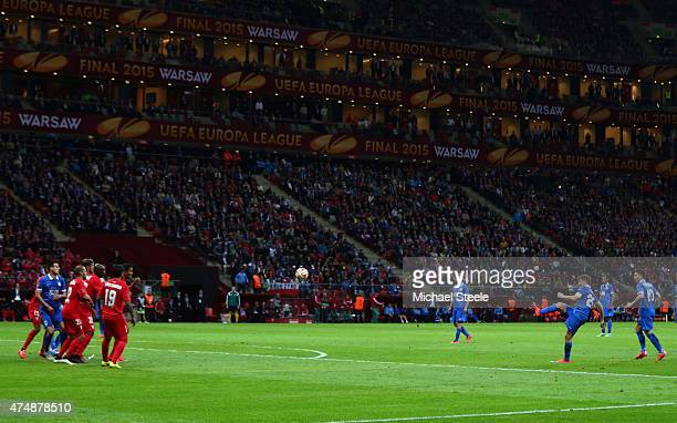 Ruslan Rotan of Dnipro scores his team's second goal with a free kick during the UEFA Europa League Final match between FC Dnipro Dnipropetrovsk and...
