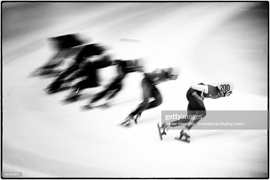Ruslan Zakharov of Russia leads the pack round the corner during Heat 3 of the Men's 1500m semi-finals on day 1 of the ISU World Cup Short Track Speed Skating on February 7, 2015 in Dresden, Germany.
