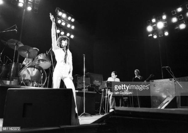 Russ Mael and Ron Mael of Sparks performing on stage at Rainbow Theatre, London, 07 July 1974.