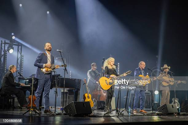 Russel Walden John Teer Greg Readling Judy Collins Jonas Fjeld and Davde Wilson perform Winter Stories on stage at The National Opera House in Oslo...