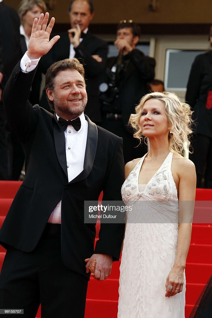 Russel Crowe and Danielle Spencer attend the 'Robin Hood' Premiere at the Palais des Festivals during the 63rd Annual Cannes Film Festival on May 12, 2010 in Cannes, France.