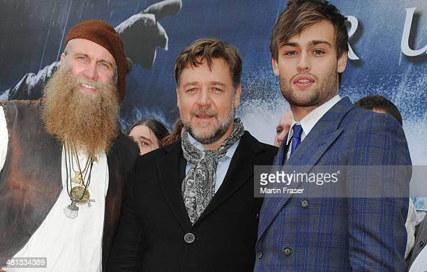 Russell Crowe and Douglas Booth attend the Scottish Fan Premiere of 'NOAH' with Crowe's friend Charlie Allan at Filmhouse on March 29 2014 in...