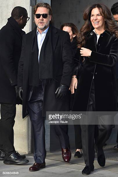 Russell Crowe and Roberta Armani arrive at the Giorgio Armani show during  Milan Men s Fashion Week f01bdf93916