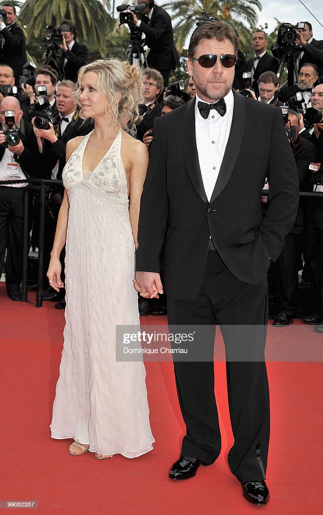 """63rd Annual Cannes Film Festival - Opening Night Premiere of """"Robin Hood"""" : News Photo"""