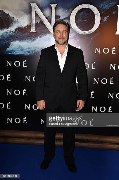 Russell Crowe attends the Paris Premiere of 'NOAH' at Cinema Gaumont Marignan on April 1 2014 in Paris France