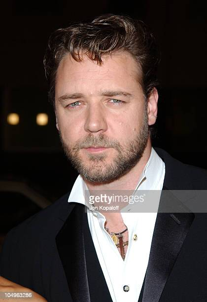 Russell Crowe during 'Master And Commander The Far Side Of The World' Los Angeles Premiere at The Academy Of Motion Picture Arts And Sciences in...