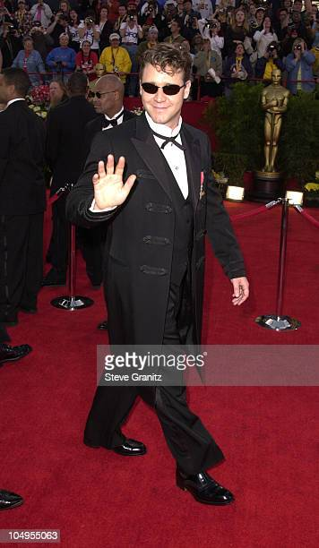 Russell Crowe during The 73rd Annual Academy Awards Arrivals at Shrine Auditorium in Los Angeles California United States