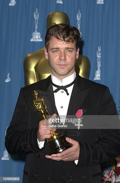 Russell Crowe Oscar Stock Photos and Pictures | Getty Images