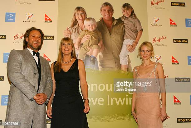 Russell Crowe Terri Irwin and Naomi Watts during 2007 Australia Week Gala Red Carpet in Los Angeles California United States