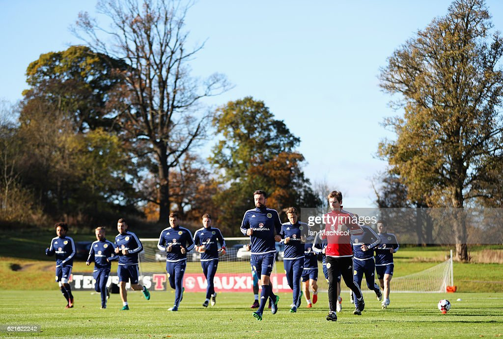 Russell Martin (front) jogs with team mates during a Scotland training session at Mar Hall on November 7, 2016 in Glasgow, Scotland. Scotland are due to face England in a World Cup qualifier on November 11th at Wembley.