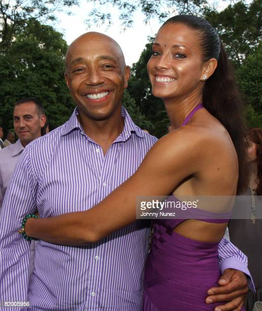 Russell Simmons and Porchla Coleman attend the 9th annual Art for Life benefit gala on July 19, 2008 in East Hampton, New York.