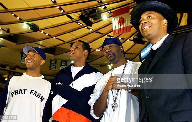 Russell Simmons JayZ Memphis Bleek and Rev Run of Run DMC pose during a press confrence to announce JayZ's concert at Madison Square Garden and the...