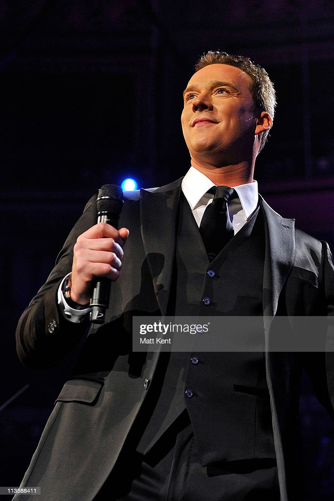 Russell Watson Performs in London : News Photo