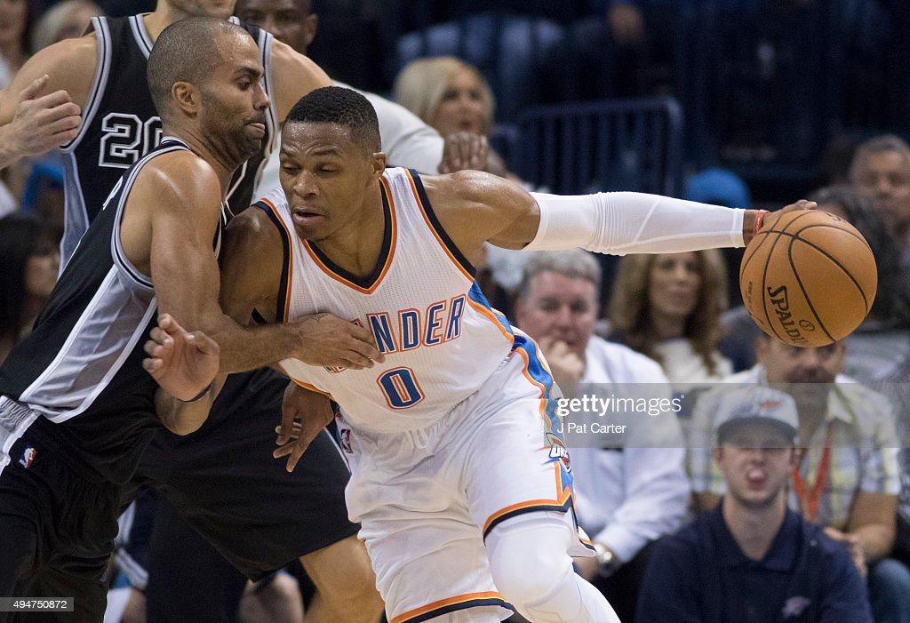 San Antonio Spurs v Oklahoma City Thunder : News Photo