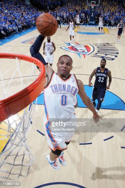 Russell Westbrook of the Oklahoma City Thunder dunks against the Memphis Grizzlies during Game Two of the Western Conference Semifinals in the 2011...